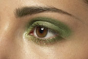 Makeup Goes Green