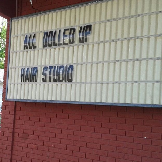 South Bend Hair Stylists - All Dolled Up Hair Studio